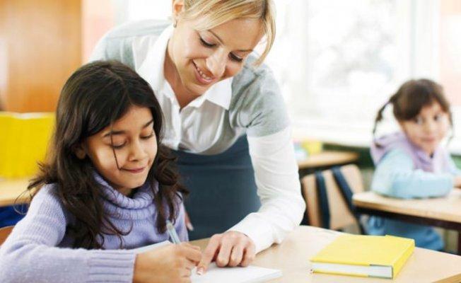 Öğretmenlere Not Sistemi Geliyor: Eğitimciler Tepkili
