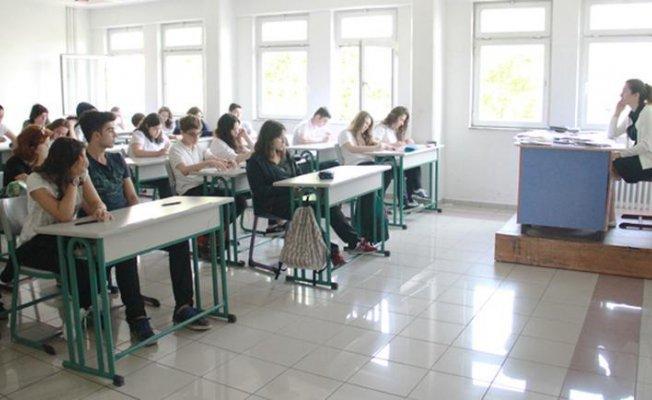 Atama Bekleyen Öğretmen Adaylarına Sevindirici Haber Bakan Yılmaz'dan Geldi