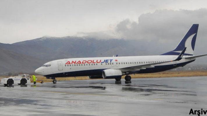 Malatya uçağında 2 kişi fazla çıktı!