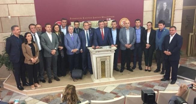 CHP'den 15 Milletvekili istafa ederek İYİ Partiye geçti!