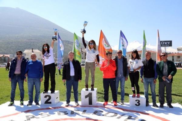Türkiye  yamaçparaşütü şampiyonası sona erdi.