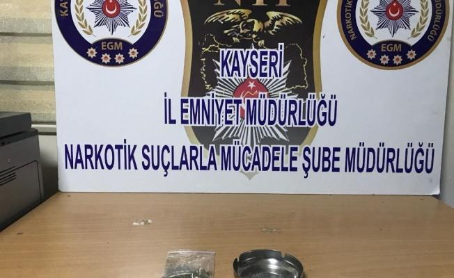 Narkotik Suçlarla Mücadele Ekiplerinden Operasyon: 2 Gözaltı