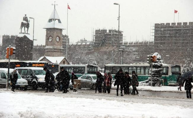 Valilik açıklama yaptı, Kayseri'de okullar tatil edildi!