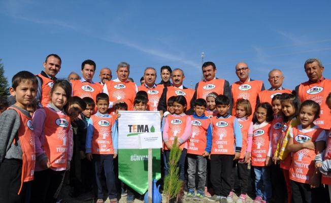 Bünyan'da 10 Bin Fidan Toprakla Buluştu