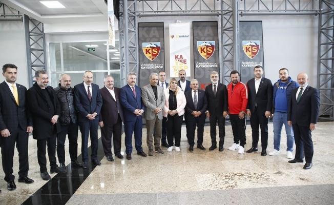Kayserispor'de İlk Kadın Başkan Adayı