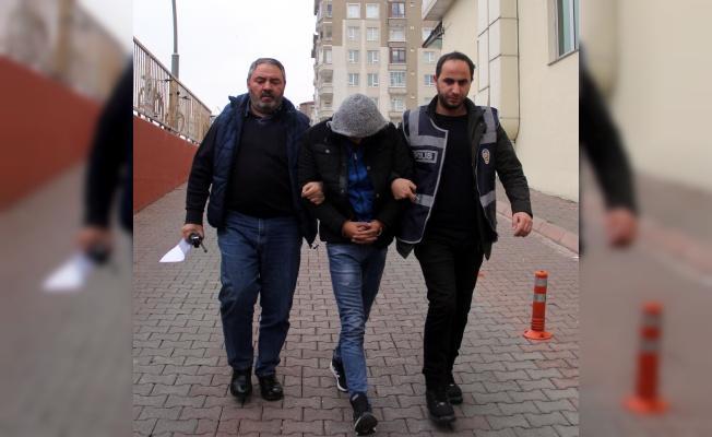 Akü ve Teyp Hırsızları Yakalandı