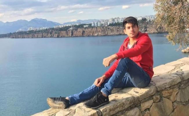 21 yaşındaki genç tabanca ile intihar etti