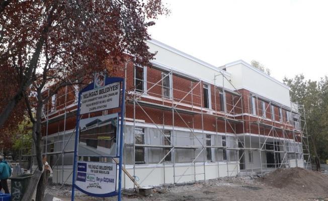 Eski Çınarlar Yaşam Merkezi ve Akıl Küpü Çalışma İstasyonu hizmete giriyor