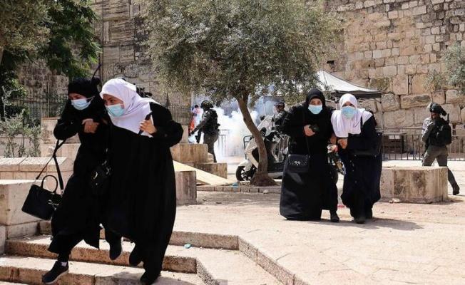 Son dakika...Mescid-i Aksa'da son durum: İsrail polisinden nöbet tutan Filistinlilere müdahale