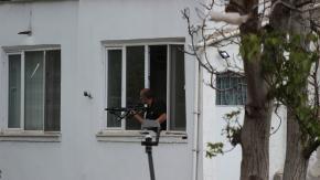 Silahlı şahıs sağa sola ateş açtı: 1 kişi vuruldu!